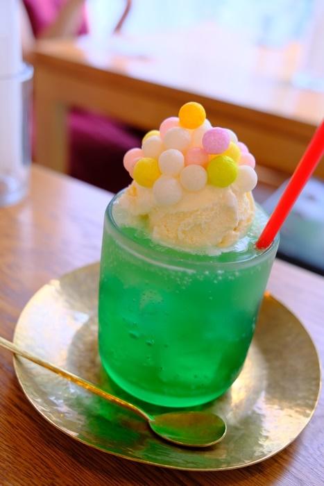 ノッタカフェのおいりクリームソーダ