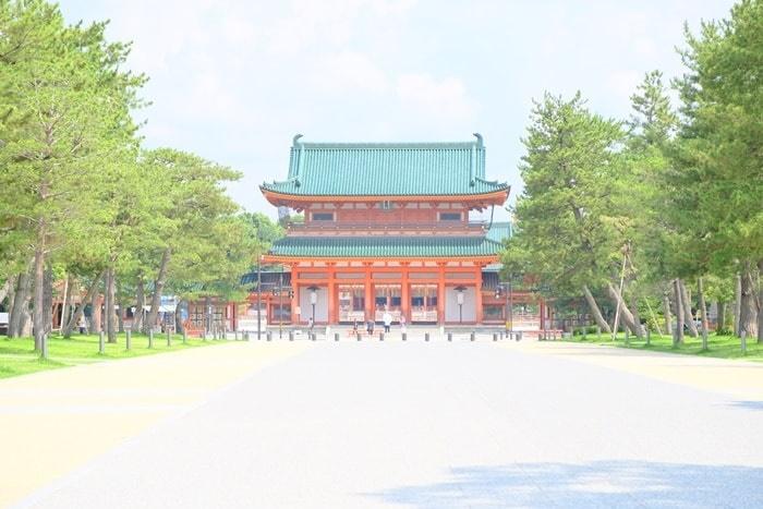 平安神宮とはどんなところ?