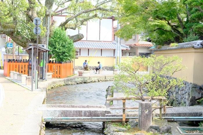 フォトジェニックな上賀茂神社の社家町