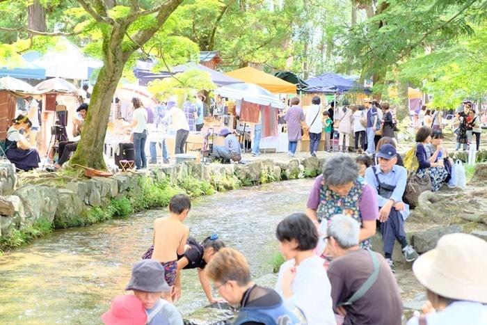 上賀茂神社手作り市の混雑