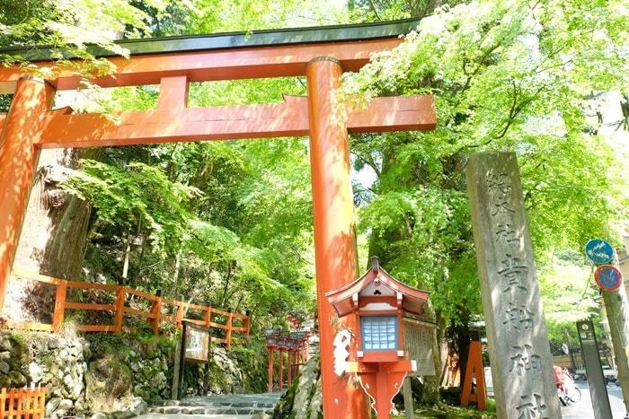 京都・青もみじの撮影スポット 貴船神社