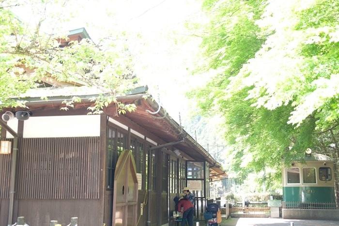 フォトジェニックな叡山電車・鞍馬駅