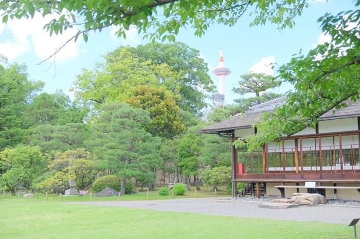 京都タワーの撮影スポット(渉成園)