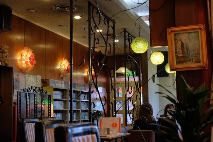 喫茶フルールの店内 画像
