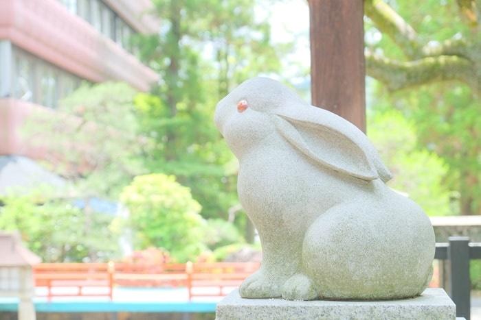 岡崎神社の狛うさぎ 画像