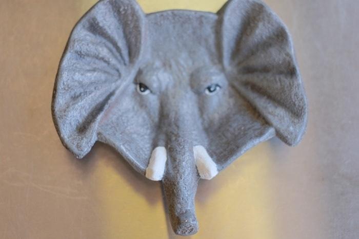 喫茶ゾウのお会計皿のゾウ 画像