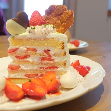 カテマオのいちごのショートケーキ