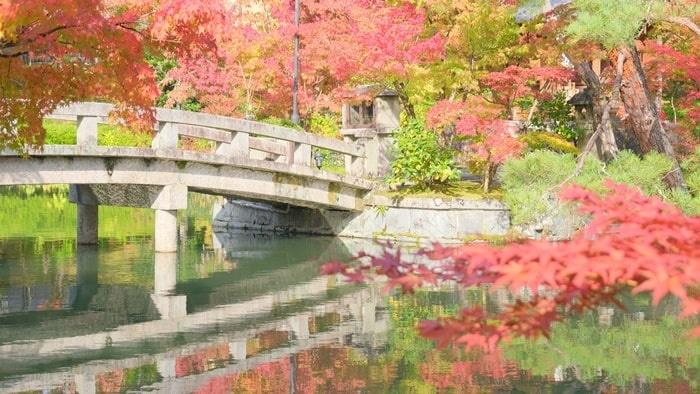 永観堂 お写真スポット 放生池の橋