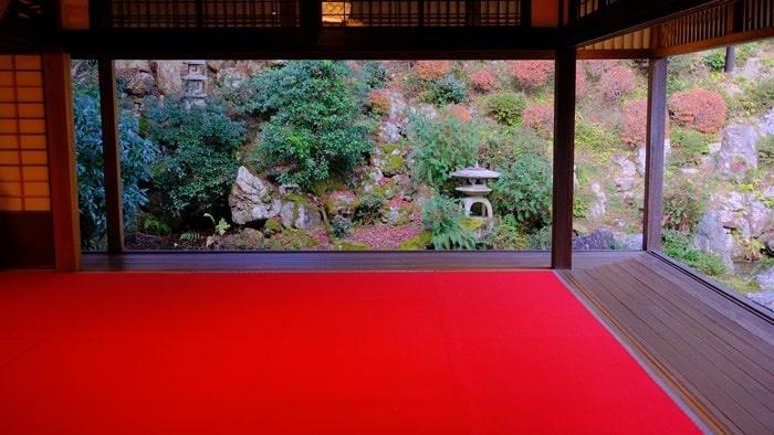 柳谷観音 書院からみた庭の景色