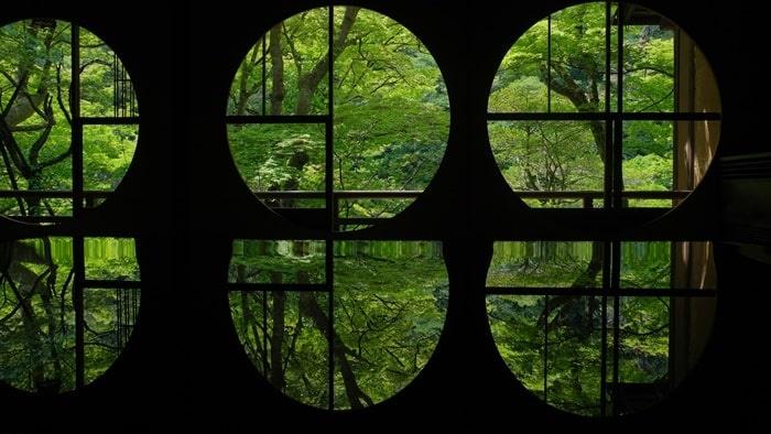 嵐山祐斎亭の丸窓