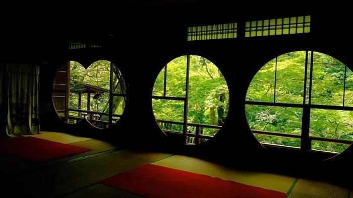 嵐山祐斎亭 丸窓